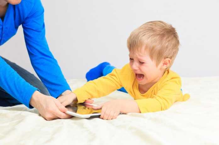 anak tantrum
